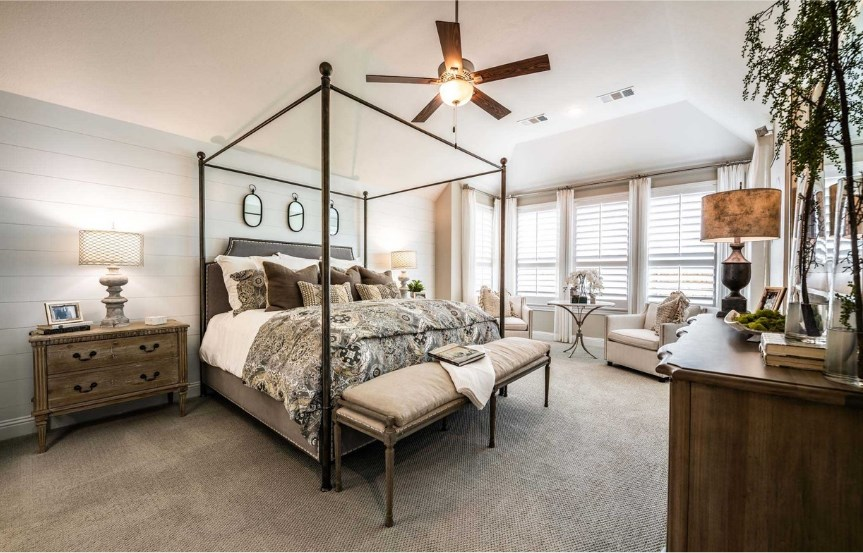 Highland Homes Plan 272 Owner's Suite in The Grove Frisco